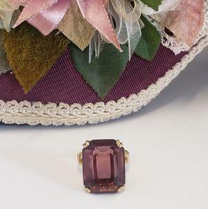Gorgeous Vintage Avon Purple Crystal Ring